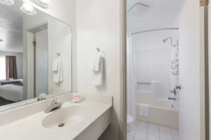 Super 8 Fort Bragg - Bathroom