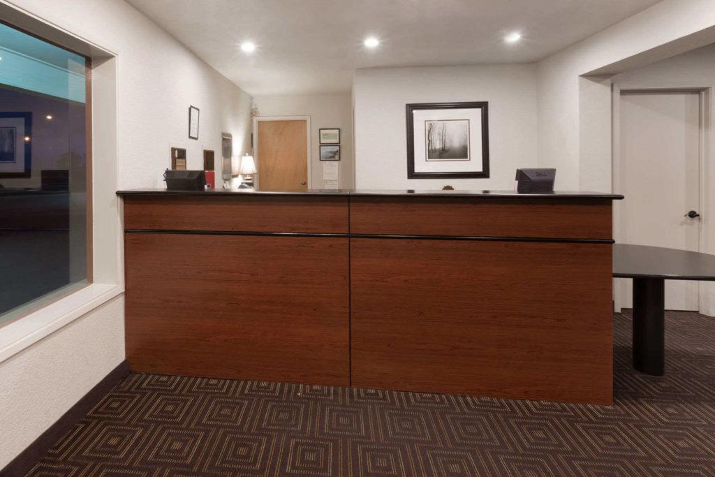 Super 8 Fort Bragg Hotel Lobby