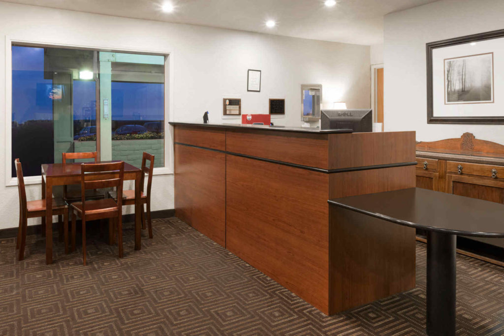 Super 8 Fort Bragg Hotel Front Desk