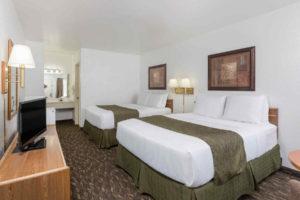Super 8 Fort Bragg 2 Queen Bed Room